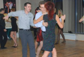 Объявляем набор взрослых в студию танцев